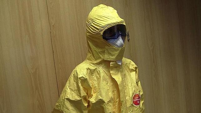 traje-ebola--644x362
